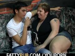He bangs hot fat chick