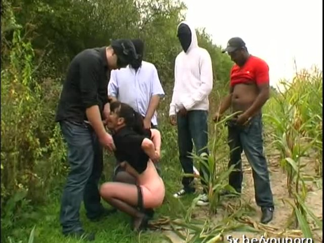Free outdoor whore porn