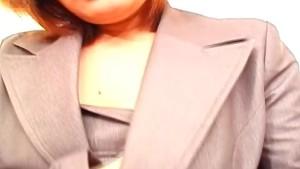 Japanese office babe Anna Yumisaki masturbates uncensored