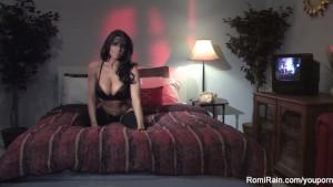 Sexy Romi Rain Masturbates
