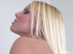 Vanessa Cage Eats Sweet Pussy