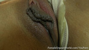 First Time Amateur Masturbates Her Big Pussy Lips to Orgasm