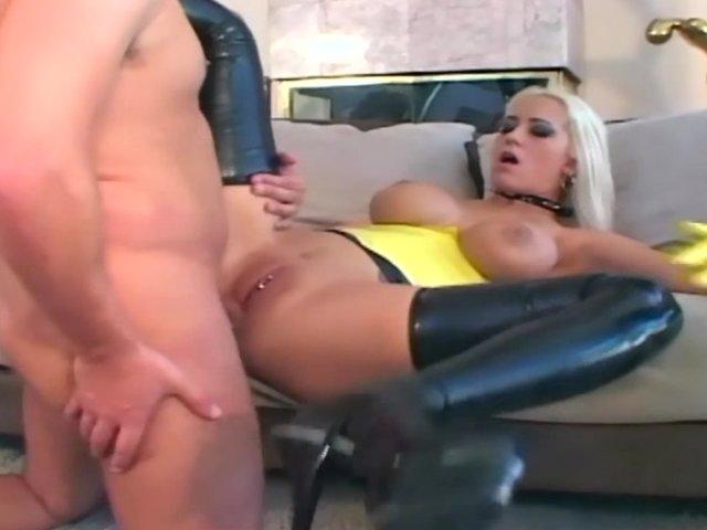 порно видео чулки из латекса