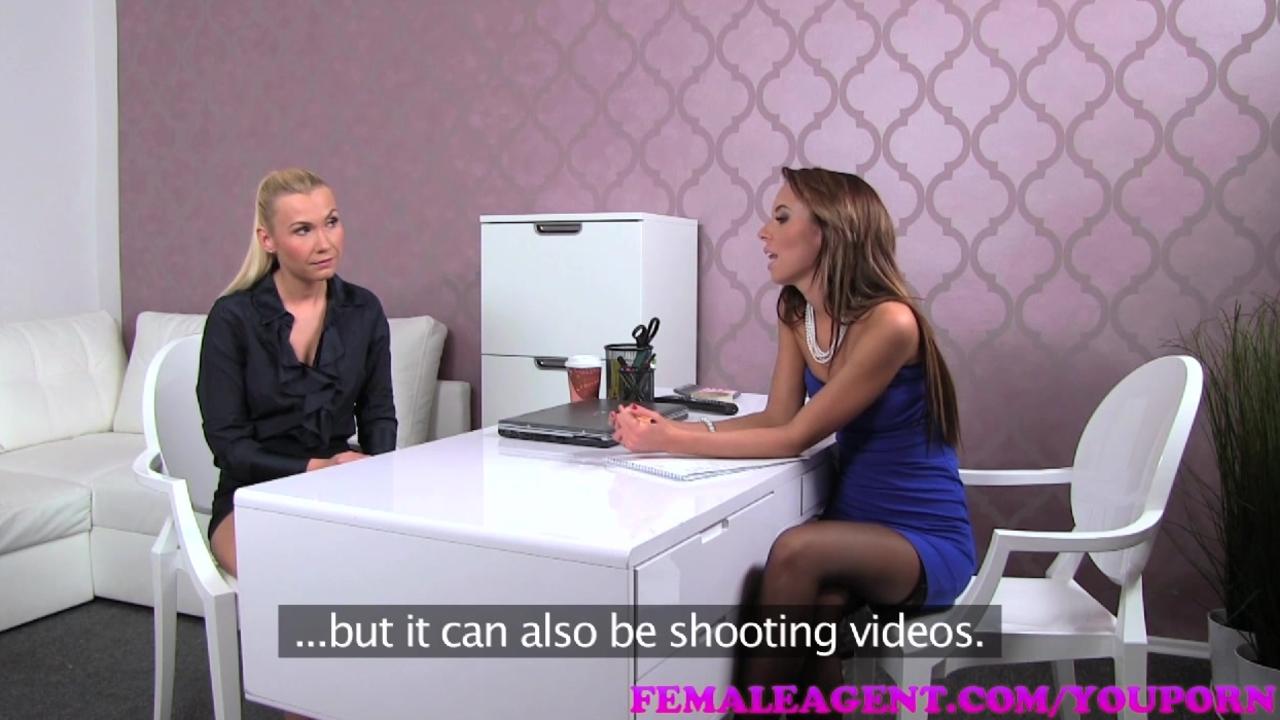Casting pentru filme xxx cu o blonda lesbiana