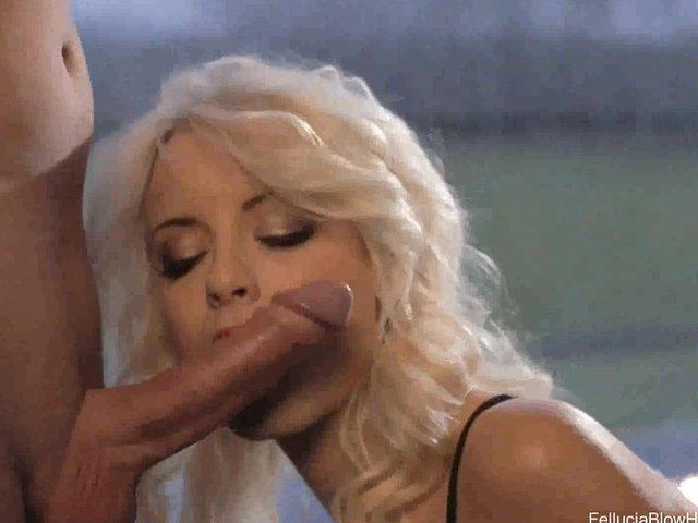 Beautiful erotic fellatio from indian milf 4
