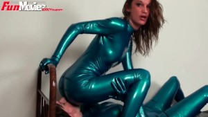 Fun Movies German lesbian latex lovers