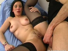 Amelie loves anal