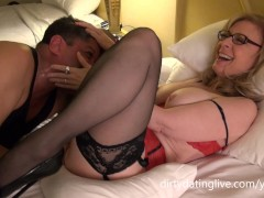 Nina Hartley gives cunt lick lessons riding Dapper Dan's face