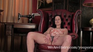Hairy Emily Marshall does her first video