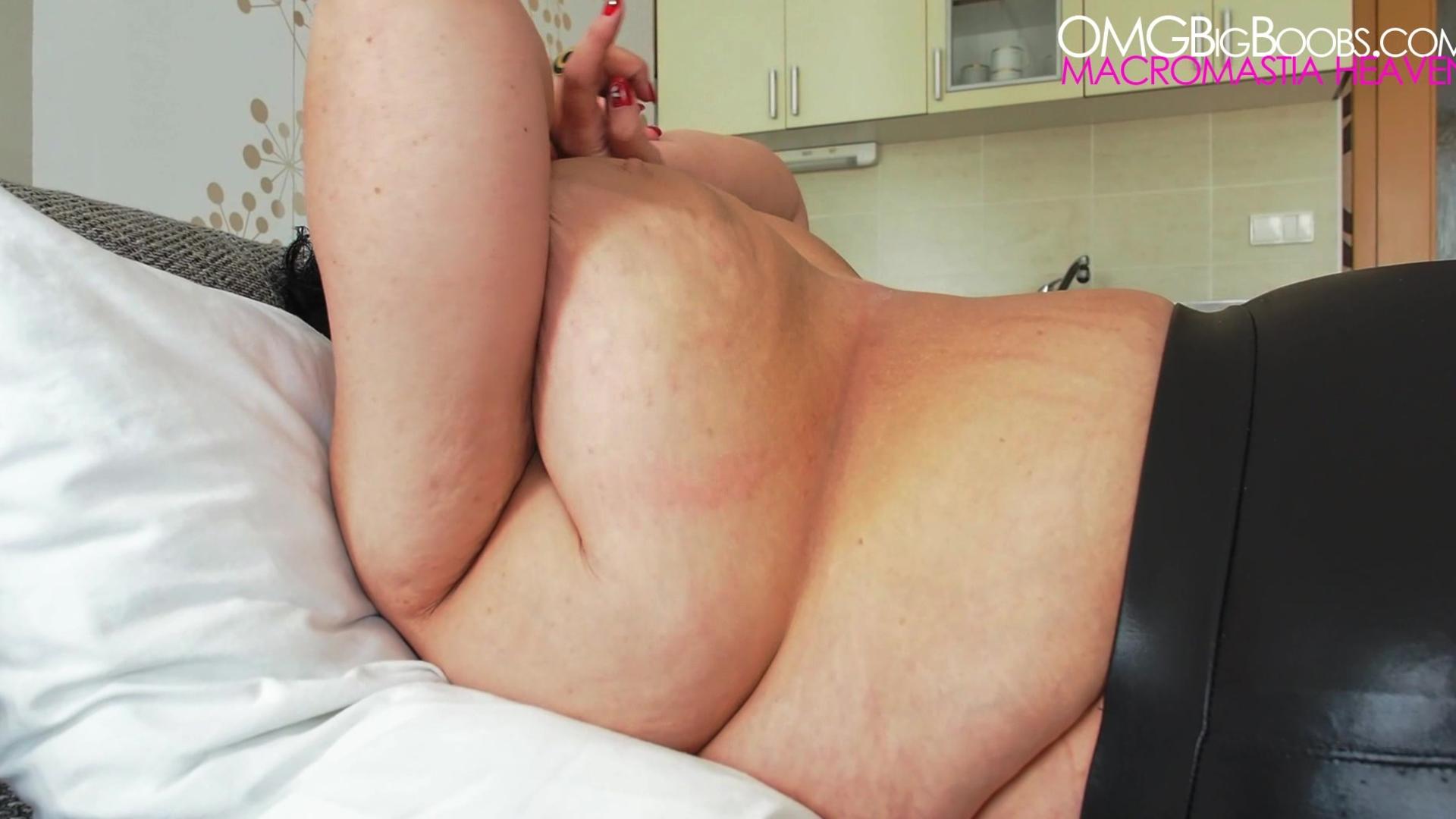 Amateur mature with big natural tits