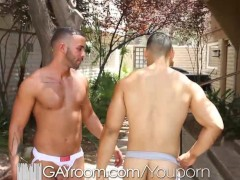 GayRoom Two buddies suck and fuck while lifting weight