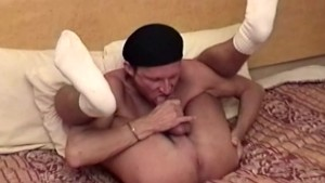 Gay auntie queen plays with his dick and teases gay toad