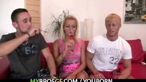 She seduces her BF's bro into sex