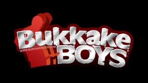 Sexy Bukkake boy sure loves to suck cocks