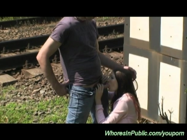 pickup skinny teen for public threesome