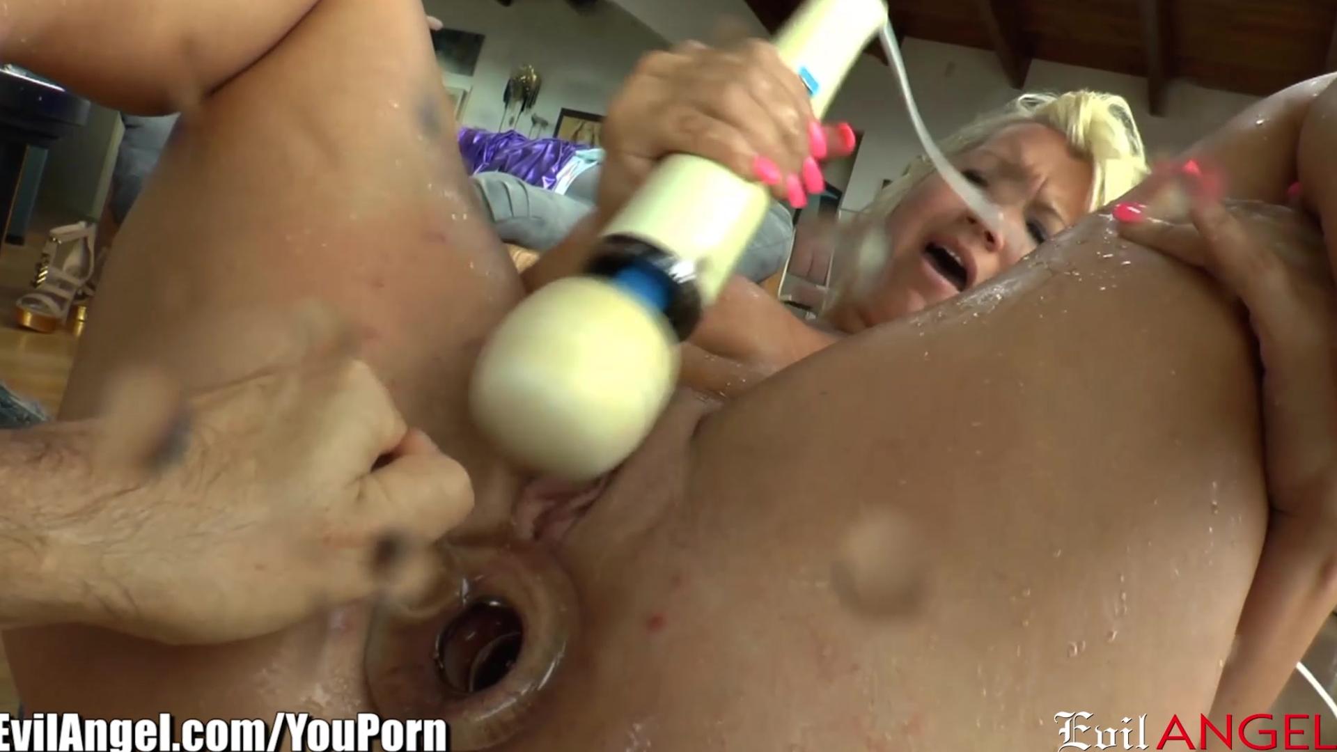 porno-igri-skvirt