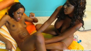 Two Hot Ebony Ladies Play With Each Other