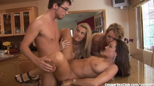 Lucky Guy Gets Laid By 3 Horny MILFs