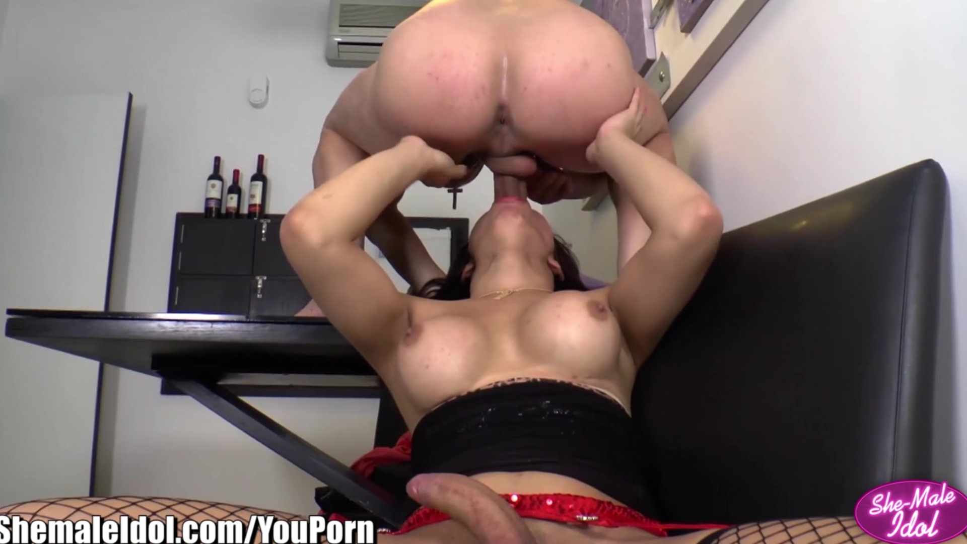 ShemaleIdol Alex Victor fucks and Blows Tgirl