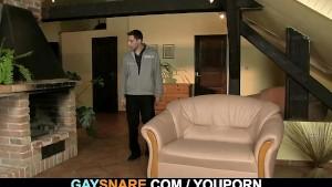 Hetero guy takes a homo turn
