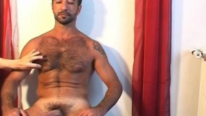 Testing the huge cock of this mature arab sport guy.