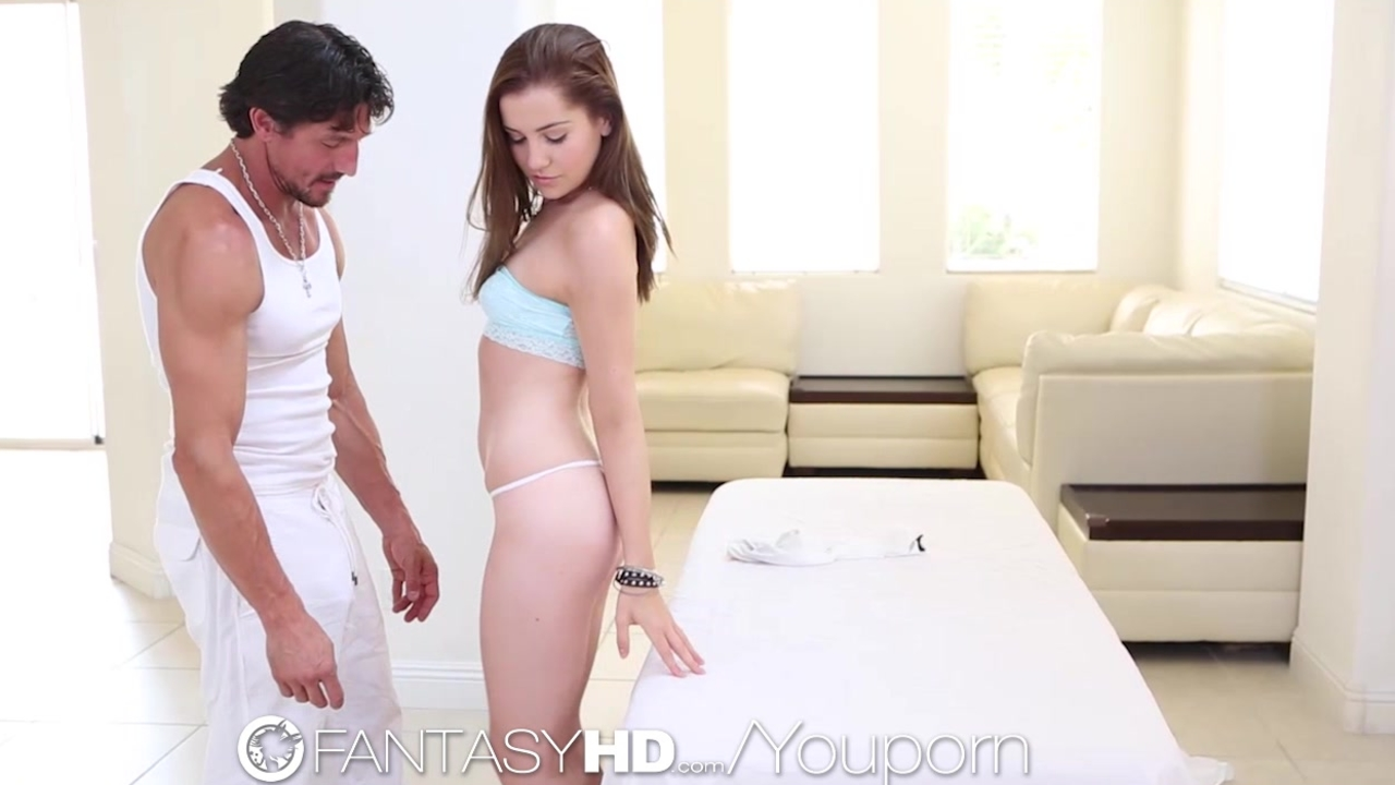 HD - FantasyHD Teen Kasey Warner gets a pussy massage