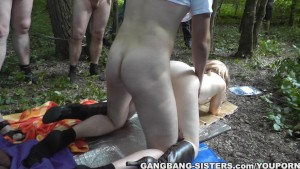 Blonde wife gangbanged by strangers in a public park