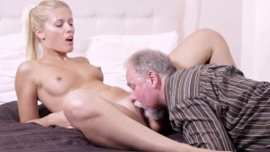 Sexy blonde fucked her boyfriend's old uncle while waiting for him