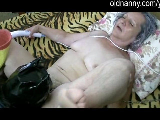 old ladies get fuck