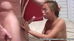 Asian Hottie Bamboo Sucks Big Cock for a nice Cumshot