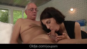 Young whore Lilu lures and fucks an old fart
