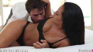 EroticaX COUPLE s PORN: A Passionate Embrace