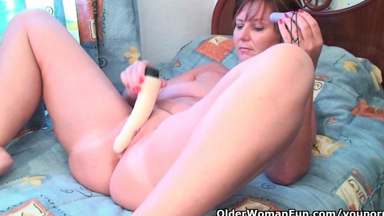 British sexiest mum Joy collec