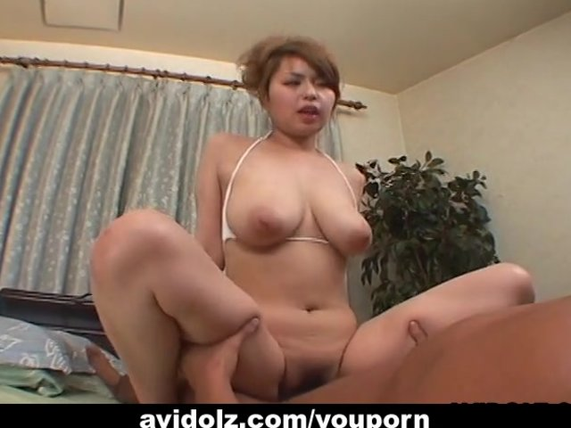 Amateur Riding Big Dildo