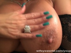 Wifey Fucked Her Huge Tits Covered In Cum