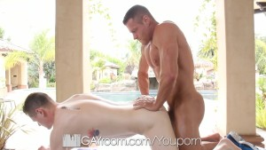 HD GayRoom - Cute guy has his dick jerked off during massage