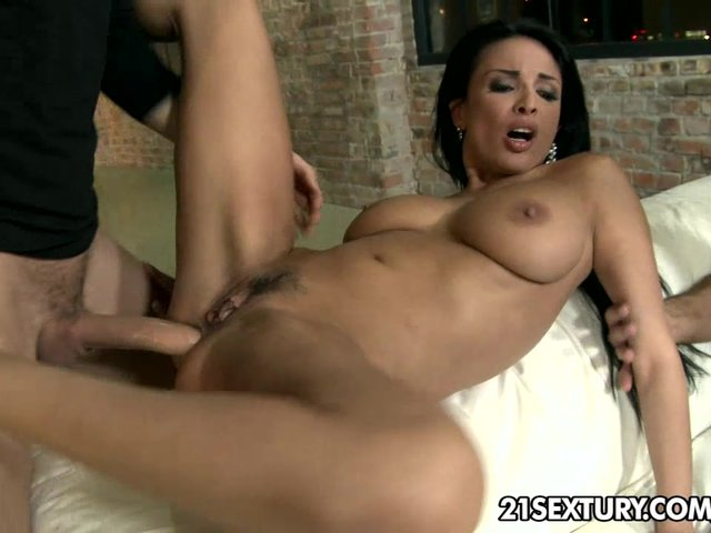 anissa kate dp