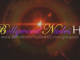 Indian MILF Lover Undresses Naked