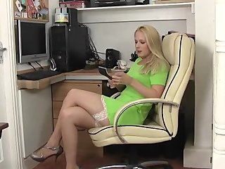 Nipples Fingering Blonde vid: Aston Wilde huge nipples and hairy pussy in the office!