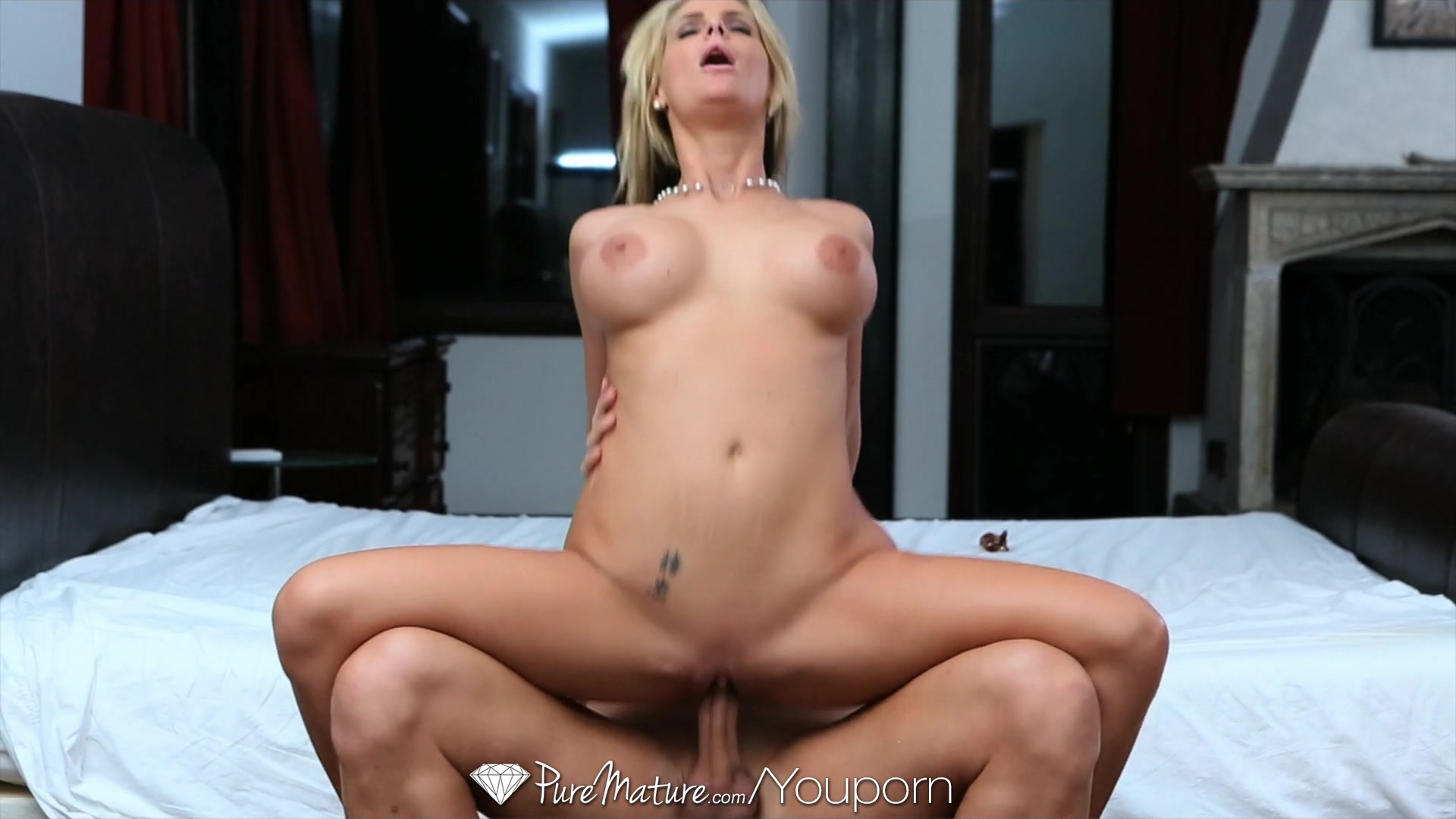 Mature pussies fucked compilation by anilos