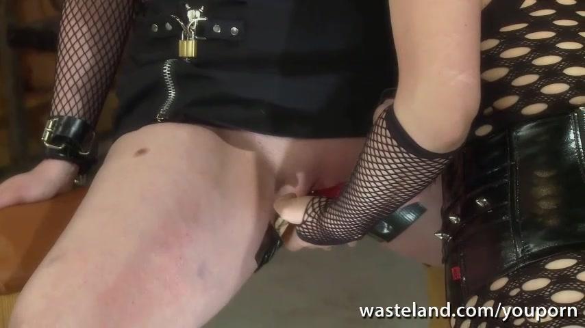 Lesbian Mistress brings girlfr