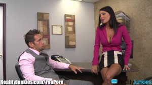 RealityJunkies Jessica Jaymes fucks well hung Employee
