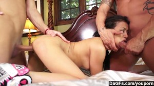 Cute babe Sydnee Taylor getting rammed by two studs