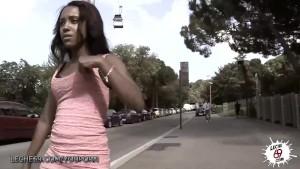 LECHE 69 Ebony babe likes it public