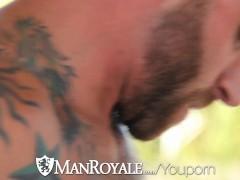 Derek Parker pounds Ethan Slader at a gay resort