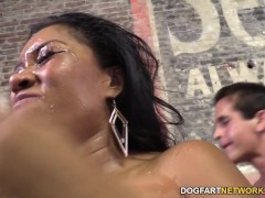Picture Yasmine De Leon Quenches Her Hunger For Whit...