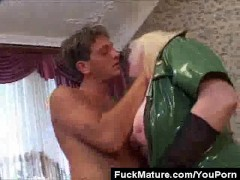 Picture Chunky Blonde Mature In Latex Pussy Licked