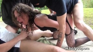French milf Omelia double penetrated in a gangbang