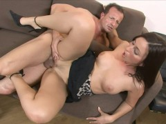 Brown Haired Fuck - Vipro CZ