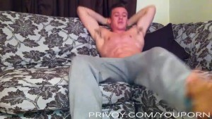 hung college guy cums all over himself